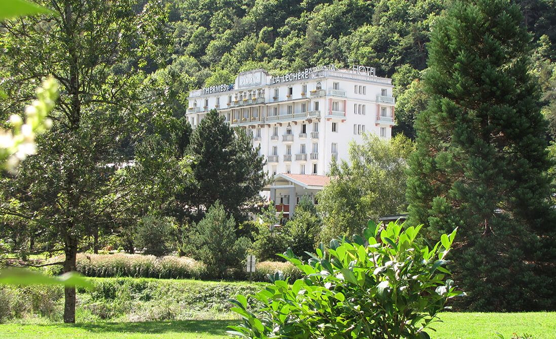 Hotel And Residences In Savoie Hotel Complex In La Lechere Les Bains